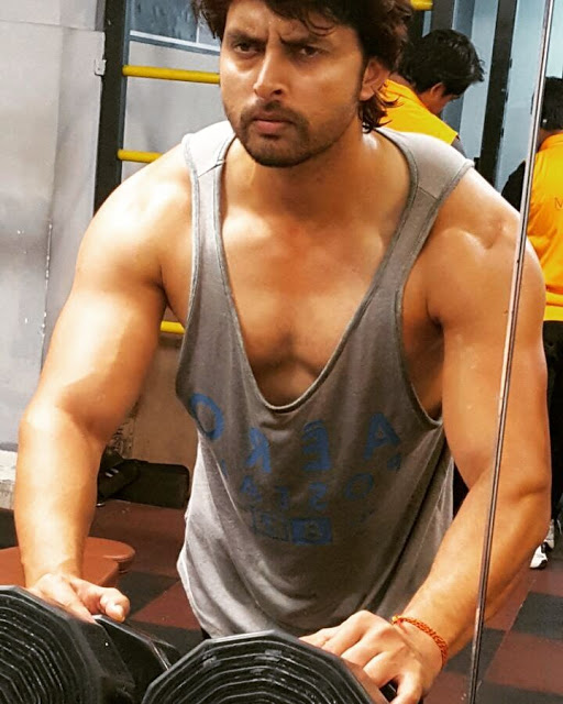 Bhojpuri Actor Vikrant Singh Rajput in gym, photo, hot image