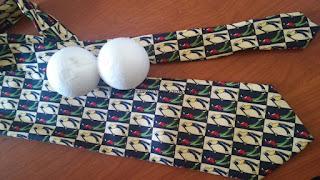 Zbombardowany krawat