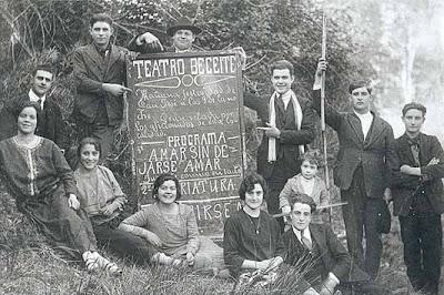 Fotos antiguas de la web de Guedi Amar sin dejarse amar teatro