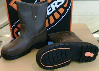 Harga Sepatu Safety Crusher / Krusher Update Harga Terbaru