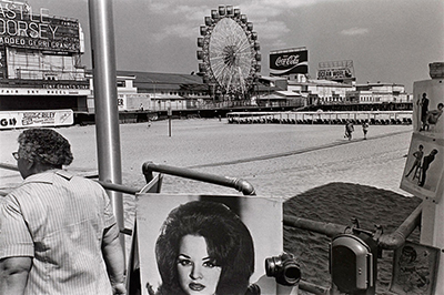http://joeinct.tumblr.com/post/154434519957/atlantic-city-nj-photo-by-lee-friedlander-1971
