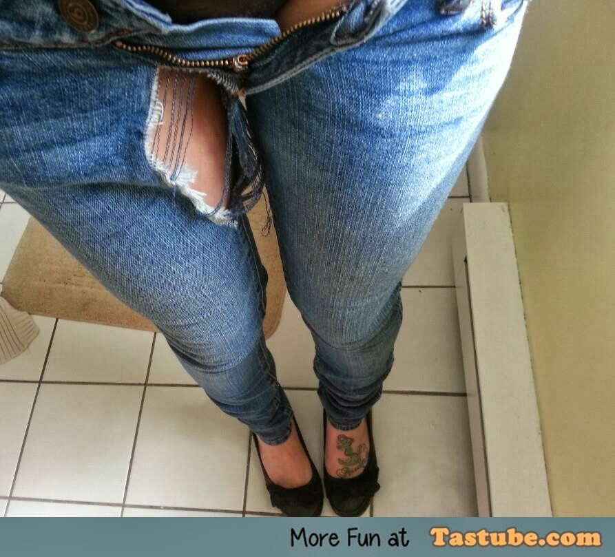 Girl wearing too tight jeans