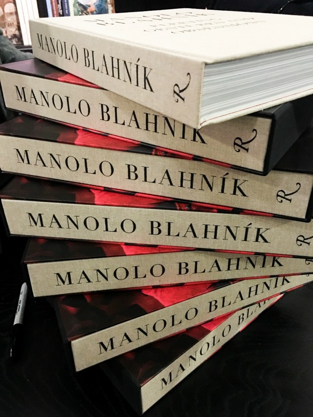 Manolo_Blahnik_Fleeting_Gestures_and_Obsessions_01