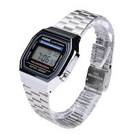 Casio A168WA-1YES - tre quarti