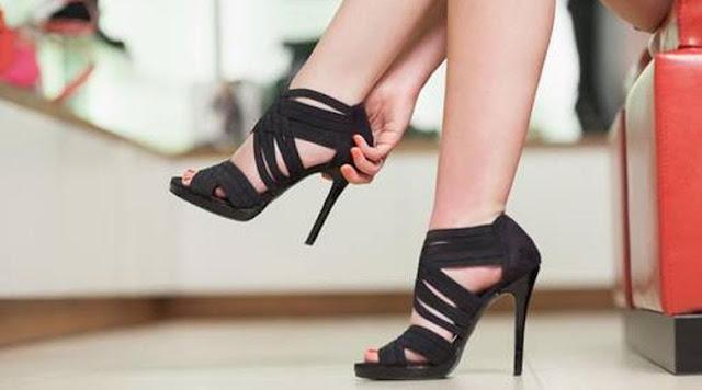 Cara Memakai Sepatu High Heels