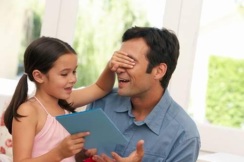 12 sugestões de presentes bem originais para surpreender no Dia dos Pais