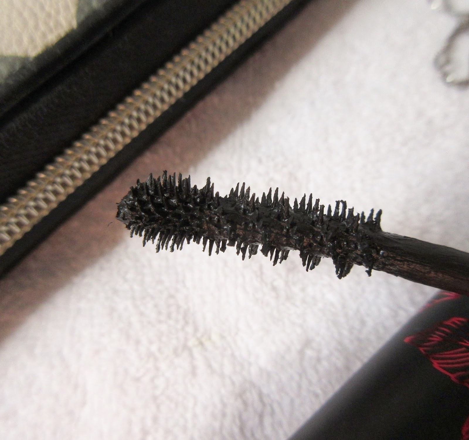 Kat Von D Immortal Lash Mascara Brush