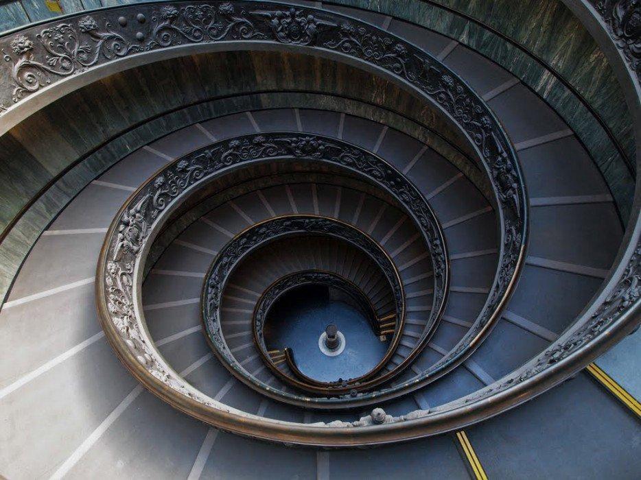 una de la escaleras en espiral ms famosas y artsticas es la que se encuentra en el interior del museo vaticano