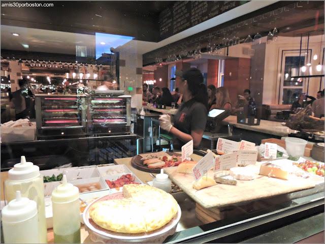Interior del Restaurante de Cocina Española la Boqueria en Washington D.C.