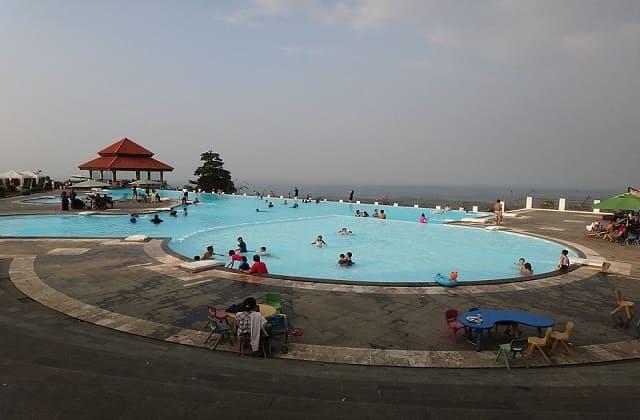 Rekreasi Seru di Resort Giri Tirta Purwakarta yang Instagramable Banget