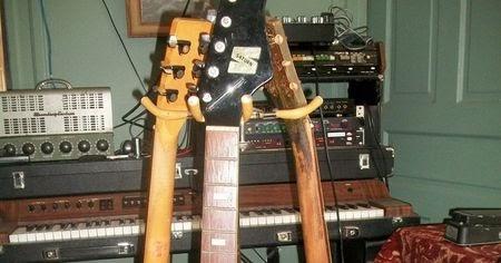 canadian vintage guitar hunt guyatone saturn vintage electric guitar. Black Bedroom Furniture Sets. Home Design Ideas