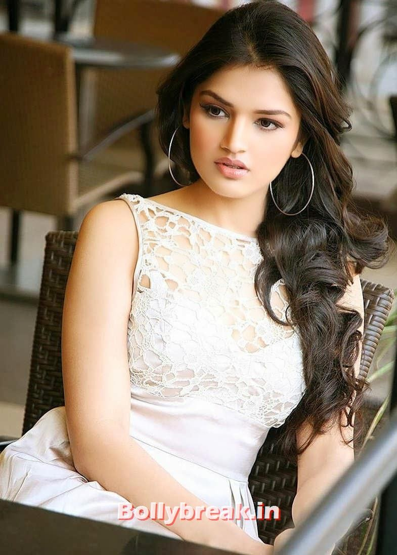 Tara Alisha Berry Hot Face Close Up Foto - Mastram Movie-5130
