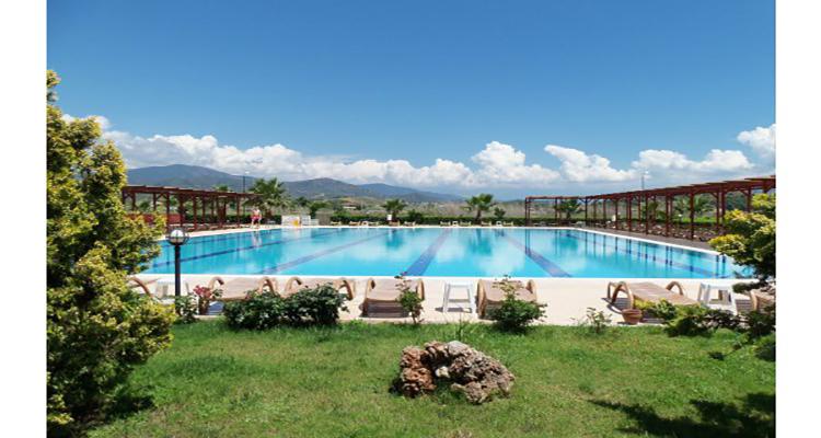 Sezonluk daire veya villa kiralayarak güzel bir yaz geçirme fırsatı sunar.
