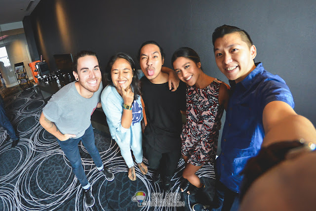 Finally changed my lens to #TCFisheye, so here's a selfie photo with UsTheDuo and friends!!