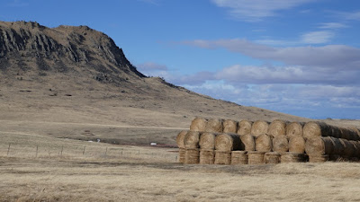 Mission Road, Cascade, Montana, landscape, bales, butte