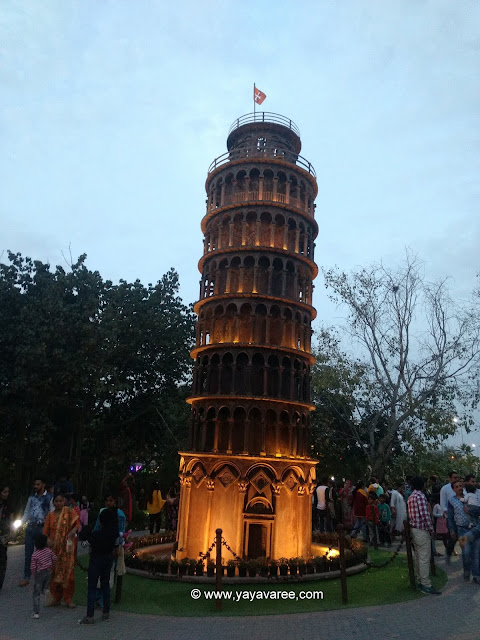 Leaning Tower of Pisa at Waste to wonder park in delhi, पीसा की झुकती मीनार