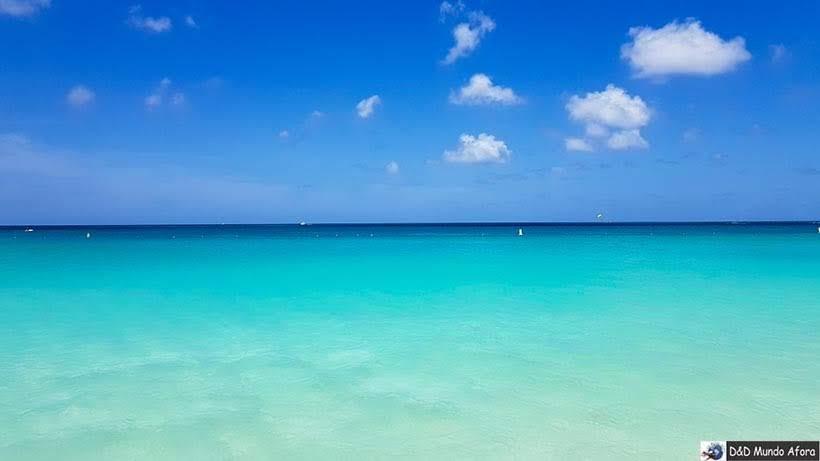 Praia de Eagle Beach em Aruba - - Diário de Bordo: cruzeiro pelo Caribe