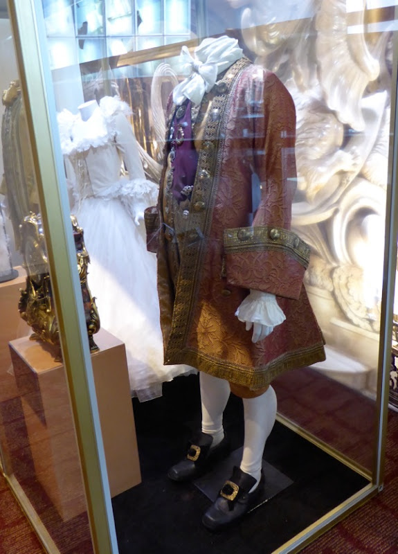 Cogsworth film costume Beauty and Beast