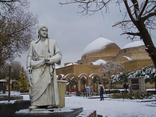 Tabriz, Kota Jalur Sutra dan Kota sang Rumi