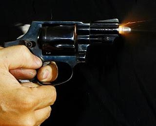 Homem é morto a tiros dentro de casa em Salto da Divisa MG