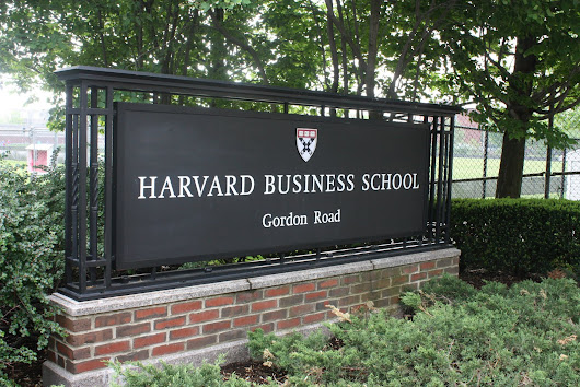 essays for harvard admission Top 6 successful harvard essays these college essays are from students who got accepted at harvard universityuse them to get inspiration for your own essays and knock the socks off those admissions officers.