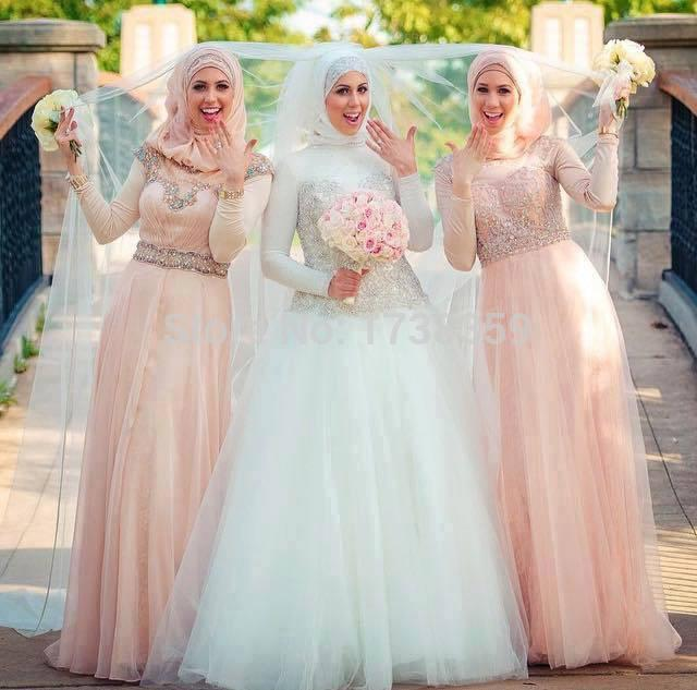 Yang Mau walimahan Simak Inspirasi Gaun Pengantin Muslimah Terbaru Tahun Ini Yang Jadi Trend
