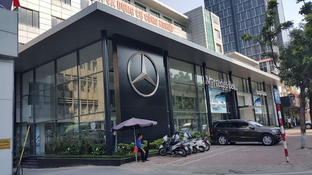 Showroom Mercedes Hà Nội