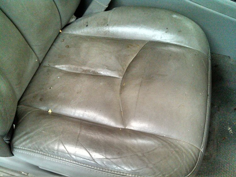 how to clean your car leather seat with household cleaners key fob programming instructions. Black Bedroom Furniture Sets. Home Design Ideas