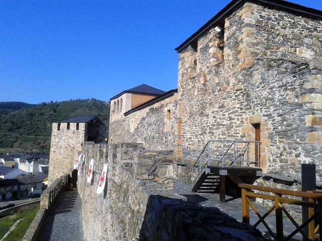 Castillo Templario de Ponferrada, paso de ronda