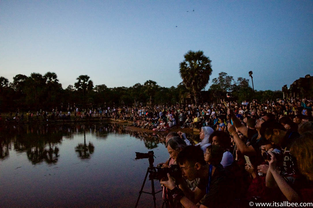 Angkor Wat Photography Tips + 5 Things They Don't Tell You About Angkor Wat Sunrise