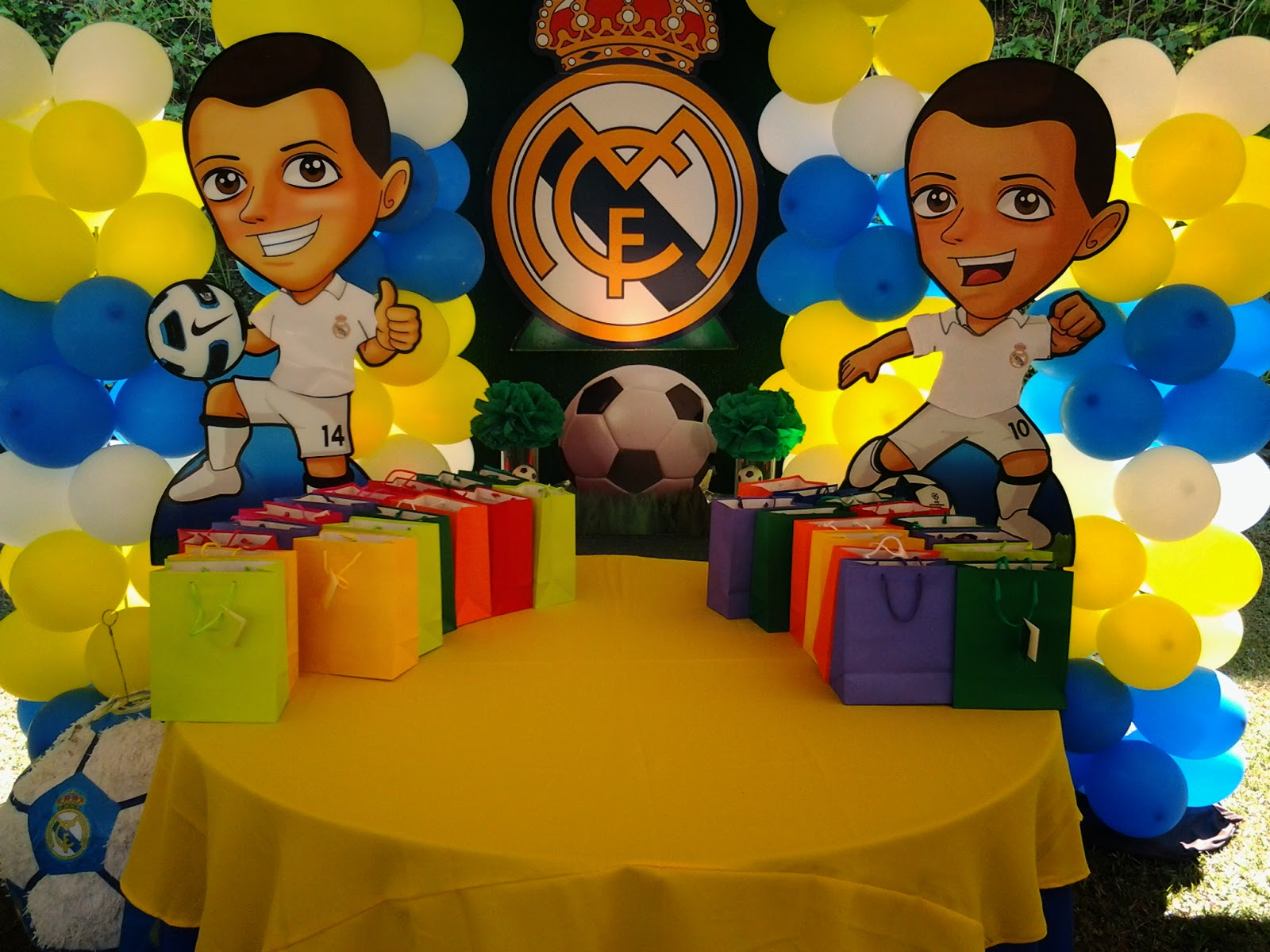 Pkelandia fiesta del real madrid for Decoracion en madrid