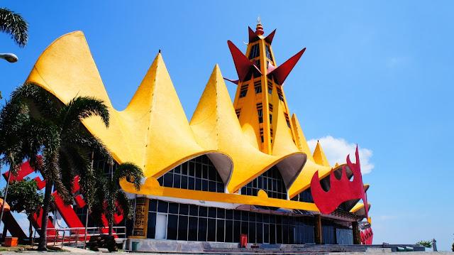 Indahnya Menara Siger Di Lampung, Silahkan Share..!!