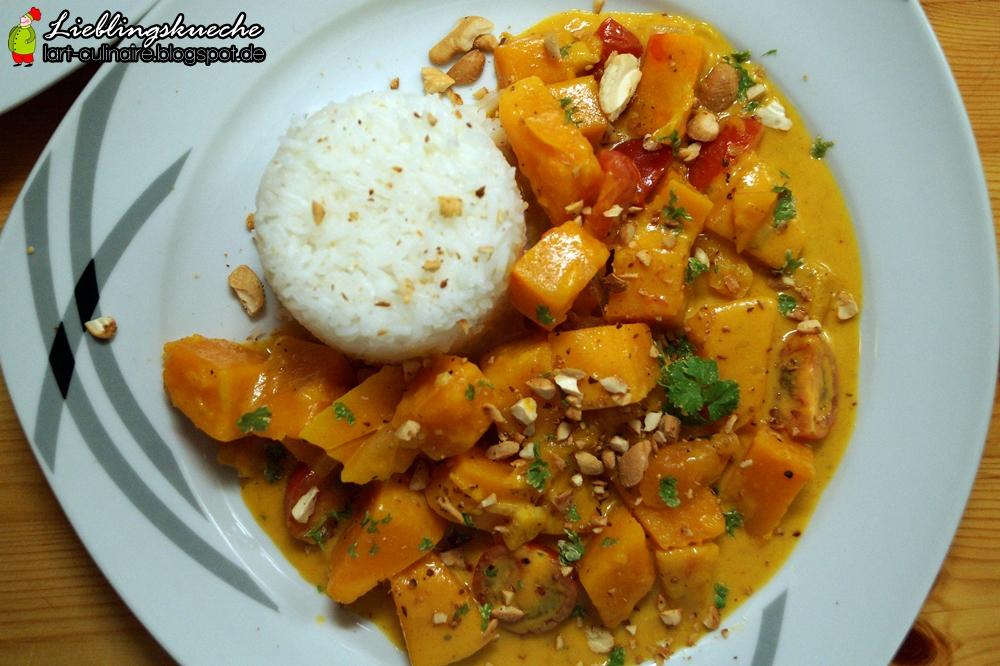 Kürbis-Curry mit Basmati-Reis und Kokosmilch