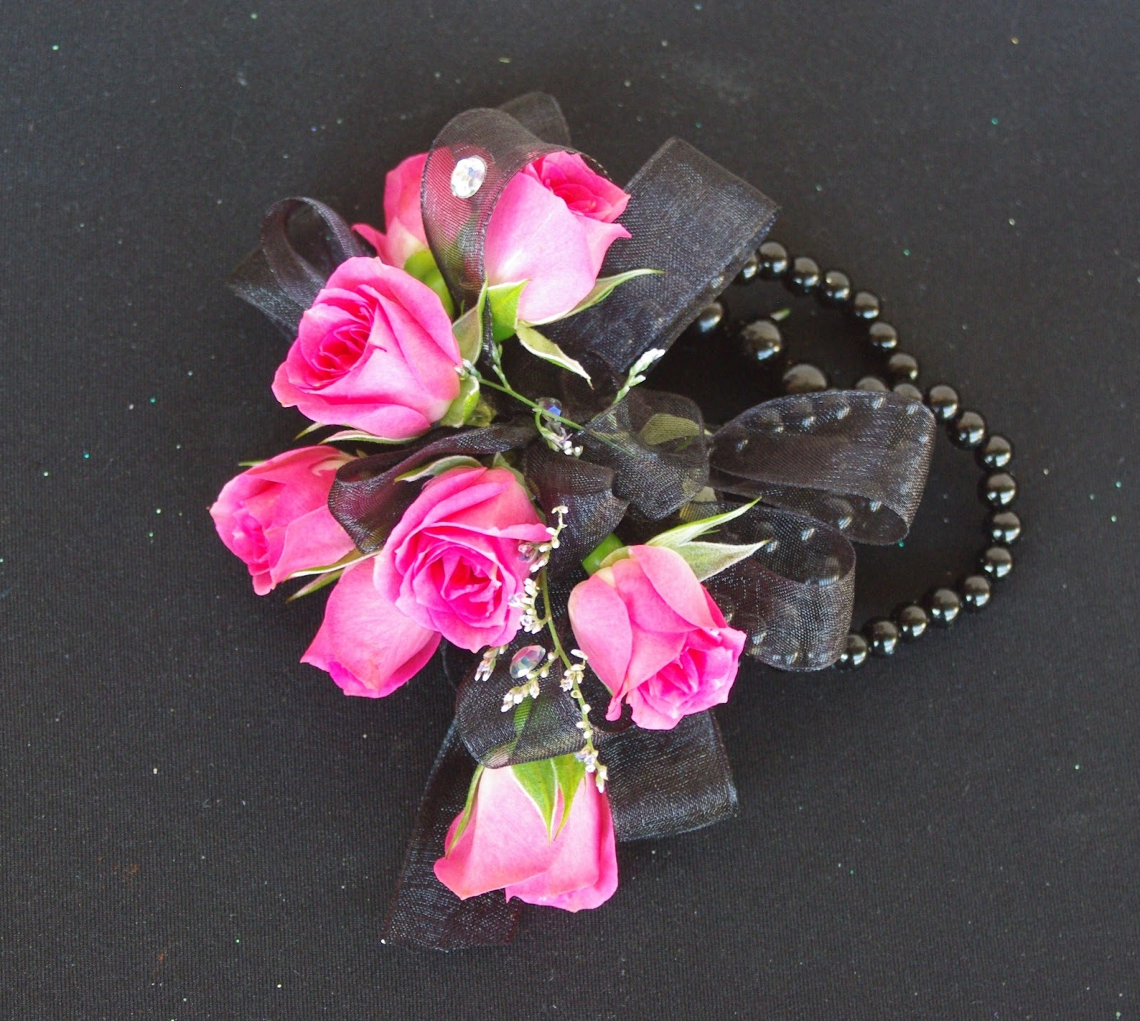 Wrist Corsage: A Country Rose Tallahassee Florist: Prom Wrist Corsages