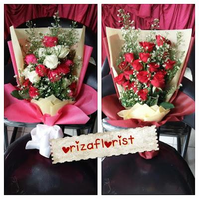 toko hand bouquet di surabaya, jual bunga mawar valentine surabaya