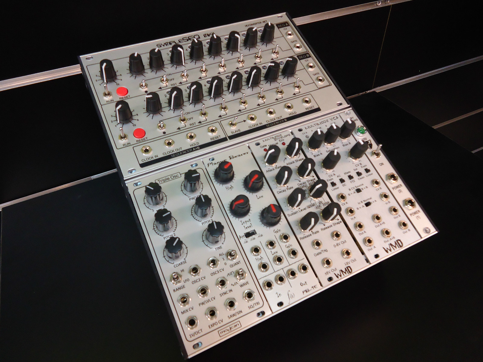 matrixsynth eurorack modular synthesizer sequencer system. Black Bedroom Furniture Sets. Home Design Ideas