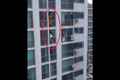 Καρέ καρέ η «αεροπλανική κλωτσιά» πυροσβέστη σε νεαρή που ήθελε να αυτοκτονήσει