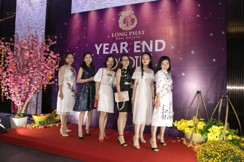 Bùng Nổ Cảm Xúc Tại Đêm Year End Party 2019 Của Địa Ốc Long Phát