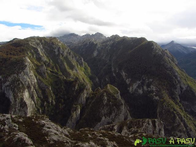 Vista del Macizo Occidental desde Piedras Negras