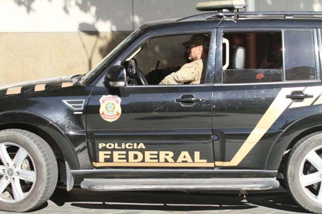 Polícia Federal fazendo ronda nas ruas da cidade