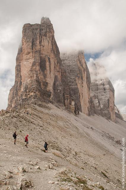 Tres Cimas de Lavaredo senderismo Dolomitas Italia