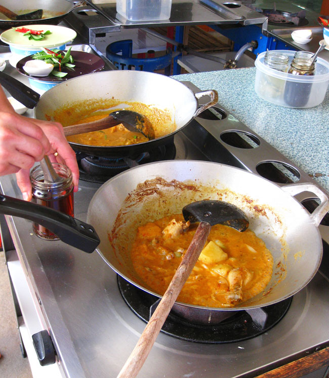 How To Cook Curry With Paste