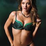 Miranda Kerr - Galeria 4 Foto 8