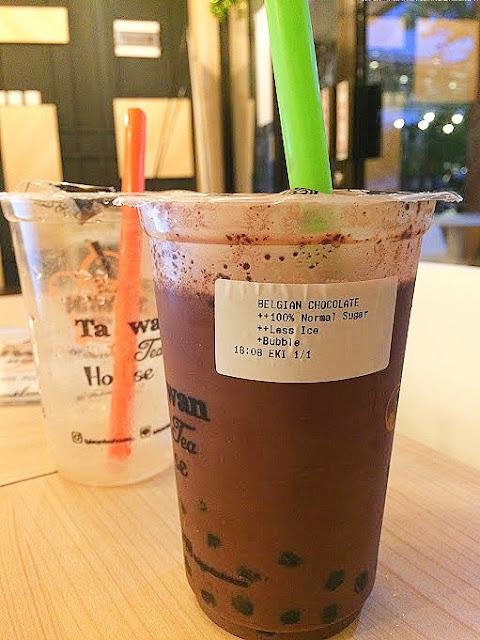 bubble drink taiwan tea house