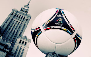 Adidas Tango 2012 Ball and Poland Palace of Culture Building HD Wallpaper