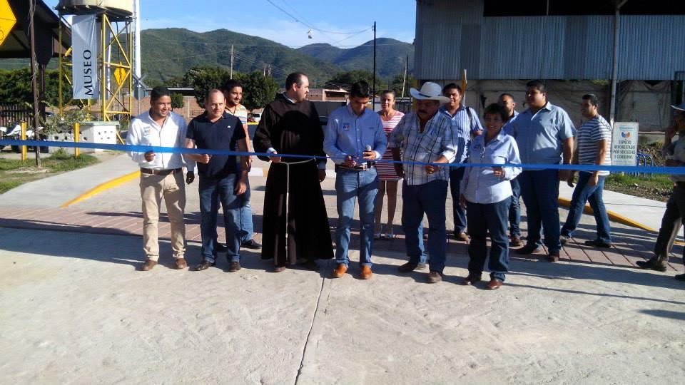 Blog De Información De Etzatlán: Blog De Información De Etzatlán: Obras En Las Vías