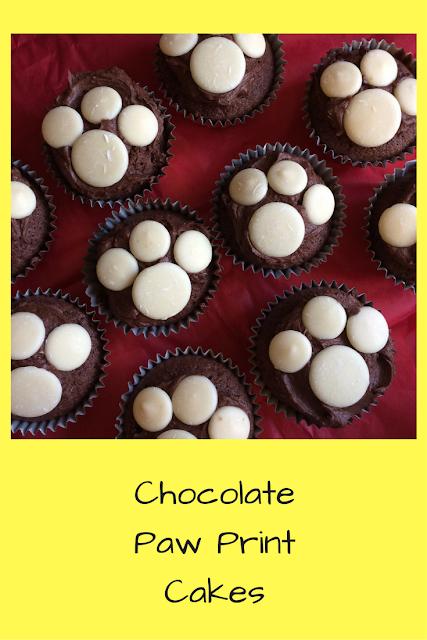 Chocolate paw print cakes, Paw patrol cake