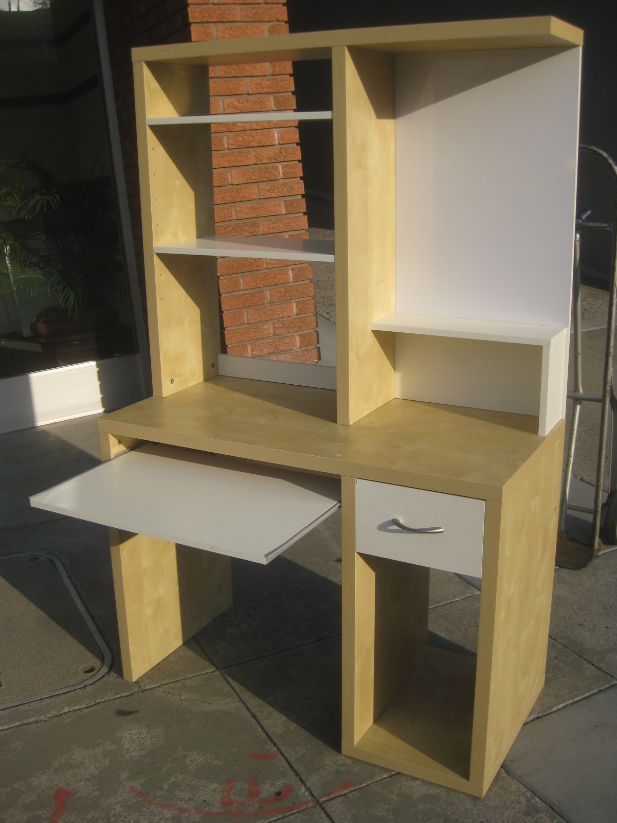 ikea computer chairs outdoor hanging lounge chair desk with hutch pdf woodworking