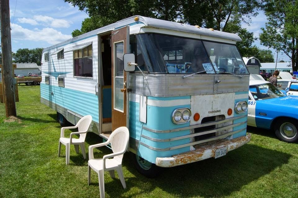 Myrtle - The 1964 Travco Motorhome: Ray Frank and the