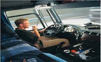 ΒΙΝΤΕΟ ΠΟΥ ΚΟΒΕΙ ΤΗΝ ΑΝΑΣΑ! Οι μανούβρες οδηγού φορτηγού που τρέλανε το διαδίκτυο!